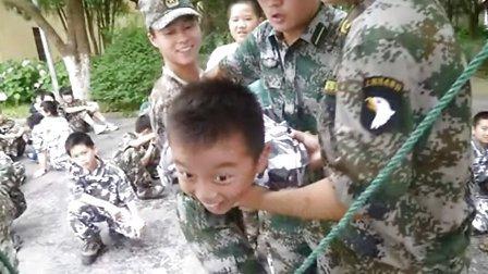 选上海西点军事拓展暑假军训夏令营做未来之星
