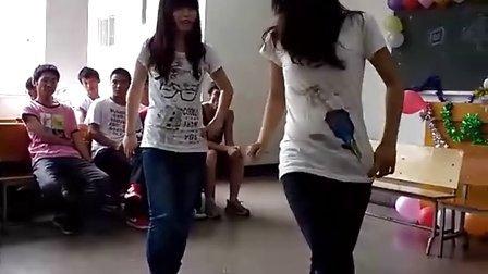 建工女生舞蹈《快乐崇拜》
