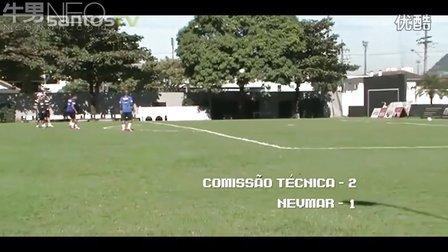 内马尔练脚法!射门框练习险胜教练组