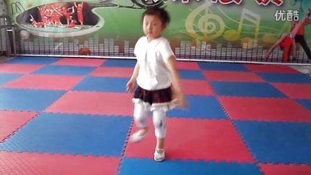 儿童舞蹈伤不起 张馨元