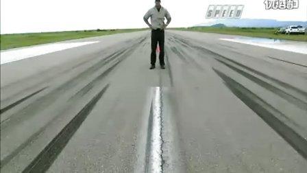 大连改装车美式肌肉内战 道奇蝰蛇 vs 福特GT大连专业汽车改装