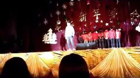 昆明理工大学津桥学院2013年圣诞晚会街舞社 hip-hop christmas