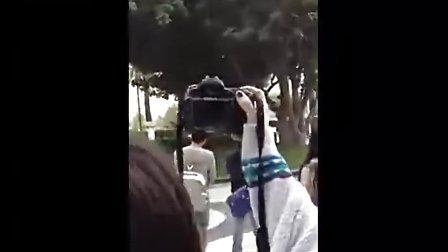 東方神起和SJ離開Hotel[www.changmao.com.cn]