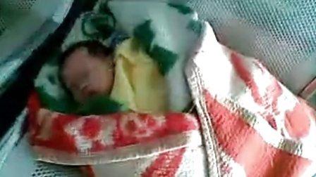 人民医院发现弃婴