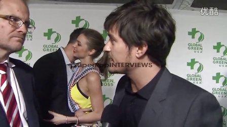 2013年2月20日奥兰多·布鲁姆出席奥斯卡前夜派对采访by SuperPop