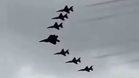 2007_AirPower_Over_Hampton_Roads_-_Thunderbirds_-_
