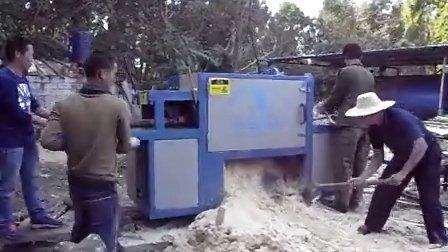 原木多片锯 圆木多片锯 正启机械 150型锯橡胶木海南岛加工现场2