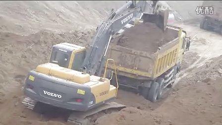 河南挖掘机扣1050609081培训视频挖土机培训操作表演