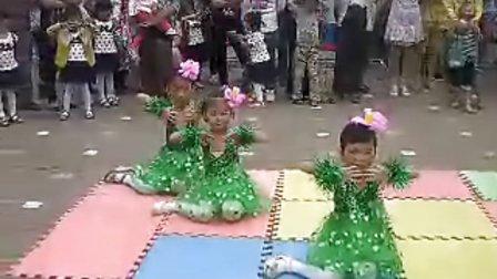 1、向日葵幼儿园中班舞蹈荷塘月色