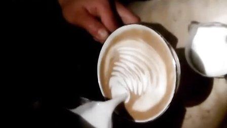 花式咖啡拉花视频《天鹅花式咖啡拉花视频》天鹅-花式咖啡拉花
