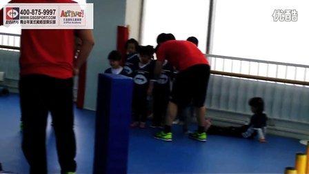 巨石达阵青少年美式橄榄球 擒抱训练及游戏