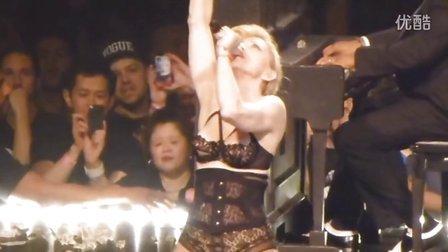 街拍联盟-2012Madonna(麦当娜) - Love Spent Live 火辣性感女王装演唱会