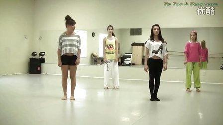 四个国外美女教跳鬼步舞 - 完整高清版