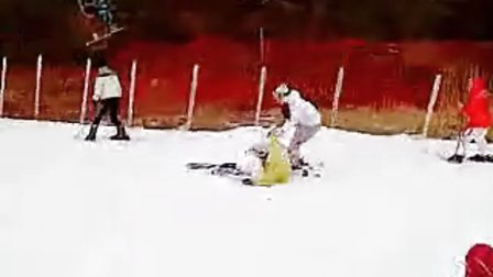 金素恩花男滑雪场花絮