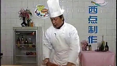 【火】肉松面包的配方和做法_柏翠面包机做面包视频