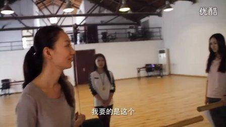 张芮歌及她的芮歌文化,一直在传扬一种精神,作为专业演员都该坚守的精神!