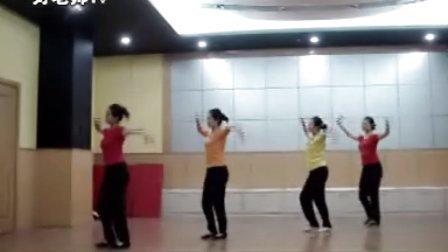 最新民间舞蹈考级《快乐的小鸟》