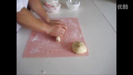 乐淘淘烘焙坊--酥皮月饼的制作方法 酥皮月饼制作教程 shop71023580.taobao.com