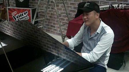 中国好声音-关喆自弹自唱导师杨坤成名作《无所谓》