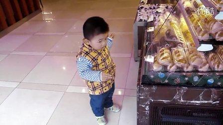 20121206平安逛85度C蛋糕店