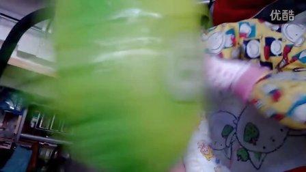 VID_20131028_155611蹬气球2