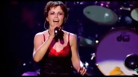 小红莓The Cranberries - Dreams (Live in Paris - 1999)