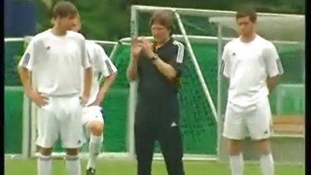 德国足球战术训练_标清