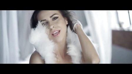 [杨晃] 罗马尼亚单曲榜冠军 性感美女Mona 最新好听法语版单曲Je t'aime