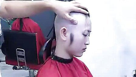 美女剃光头_1