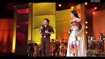 越南翻唱中国歌曲《无言的结局》演唱 香水 世山