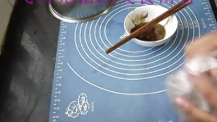 制作麻酱饼、麻酱饼怎么做 麻酱饼做法 飞雪无霜