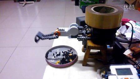 机器人砸东西