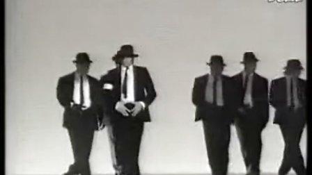 最新恶搞江南Style迈克尔杰克逊-dangerous现场舞蹈版江南 Style.