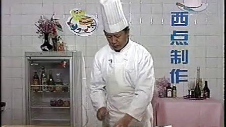 【火】奶油吐司面包的做法_牛角面包怎么做视频