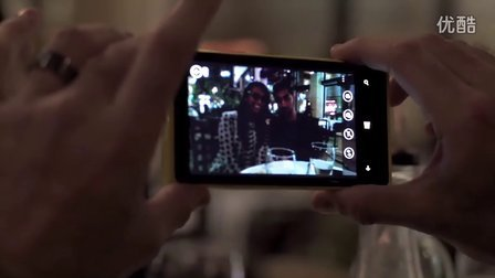 Nokia Lumia 920_ Sarah's match is a Windows Phone - Full Len