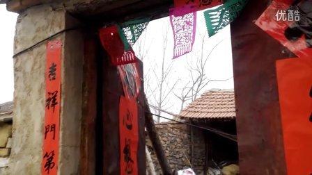 【拍客】迎新春火红对联贴起来
