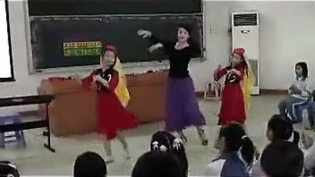 YY002小学音乐《唱唱跳跳(创设情景、导入新课)》(导入类)
