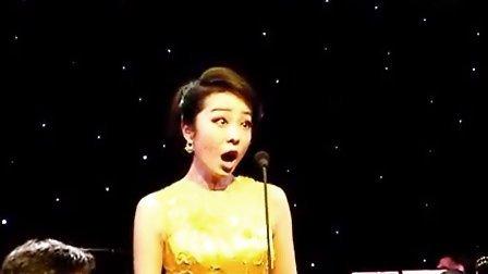 女声独唱《笑之歌》,演唱:杨思思