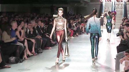 帕克·拉邦纳(Paco Rabanne)走道秀-巴黎2012春季时装周