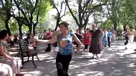 民族舞蹈:呼伦贝尔大草原