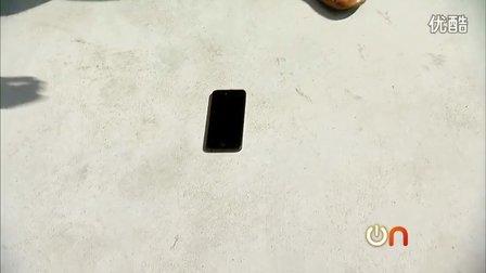 美女也喜欢SM?苹果 iPhone 5受虐记