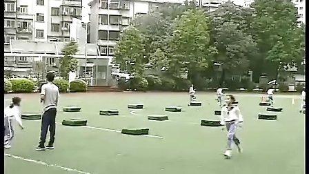 障碍跑丛林大冒险人教版小学四年级体育优秀课实录视频视频