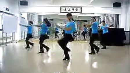入门16步广场鬼步舞《歌在飞》简单易学, 好听