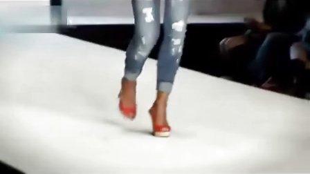 意大利时尚品牌Met 2012春夏女装牛仔系列产品秀