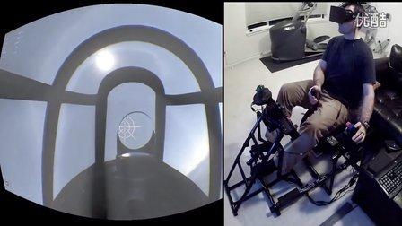 玩家使用虚拟视觉设备玩模拟空战游戏《战争雷霆War Thunder》