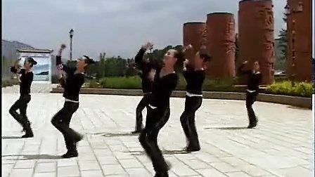 宁蒗彝族自治县民族广场健身舞:普米族舞 热巴啦