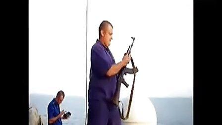 索马里海盗遇上俄罗斯海军