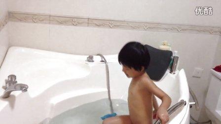 mimi洗澡