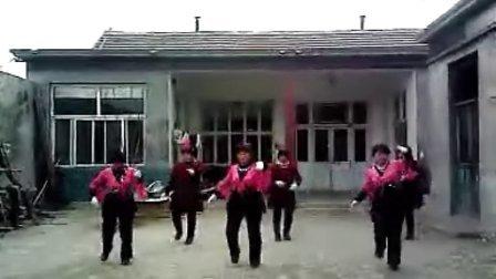 禹城市安仁镇于庄村舞动风采广场舞