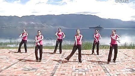 宁蒗彝族自治县民族广场健身舞:彝族舞 万格故